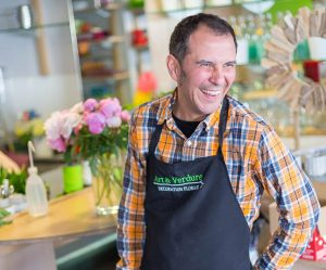 Carlos Paz votre Artisan Fleuriste chez Art et Verdure Fleuriste Bayonne (64) 7387